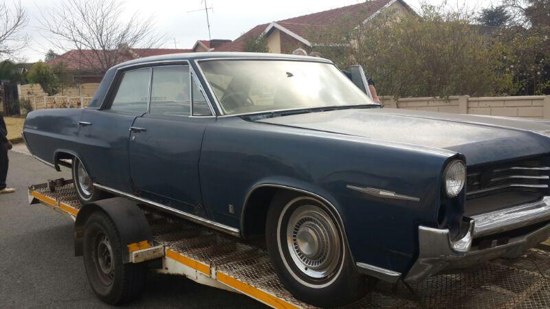 1964 Pontiac Perissian 4 door hardtop